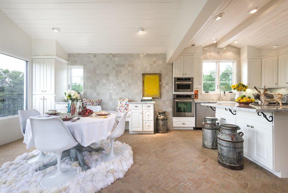 Tiles of Ezra ZEL001B 'white' feature wall _Kitchen.jpg