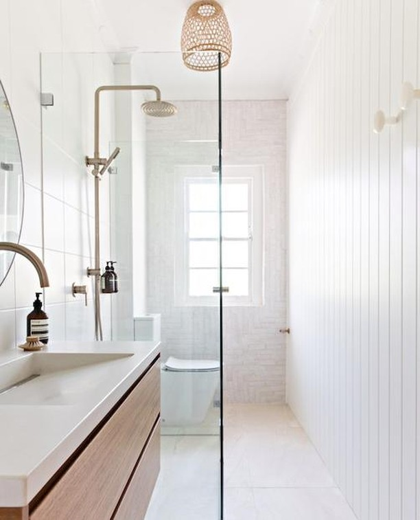 A minimalistic yet stylish bathroom by @visualisinginteriors. Can you spy our tiles in the shower? Interior Design: @visualisinginteriors  Styling: @and.the.boys Photography: @the.palm.co