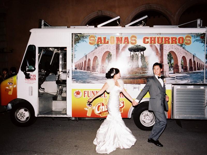 0964-Lindsey-+-Kyle-Wedding-Custom.jpg