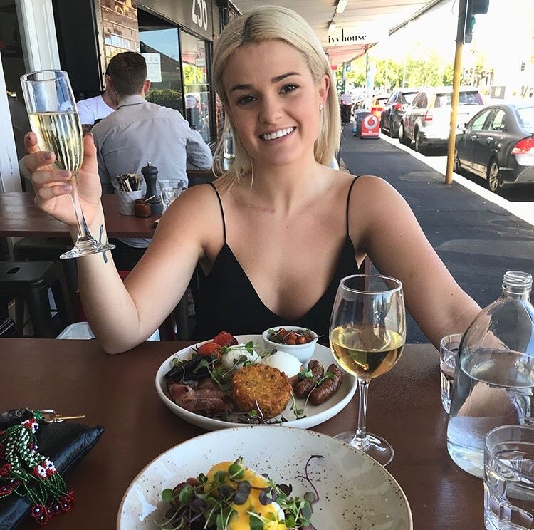 Claudia Hoskins enjoyed a wonderful Romer app hot spot lunch