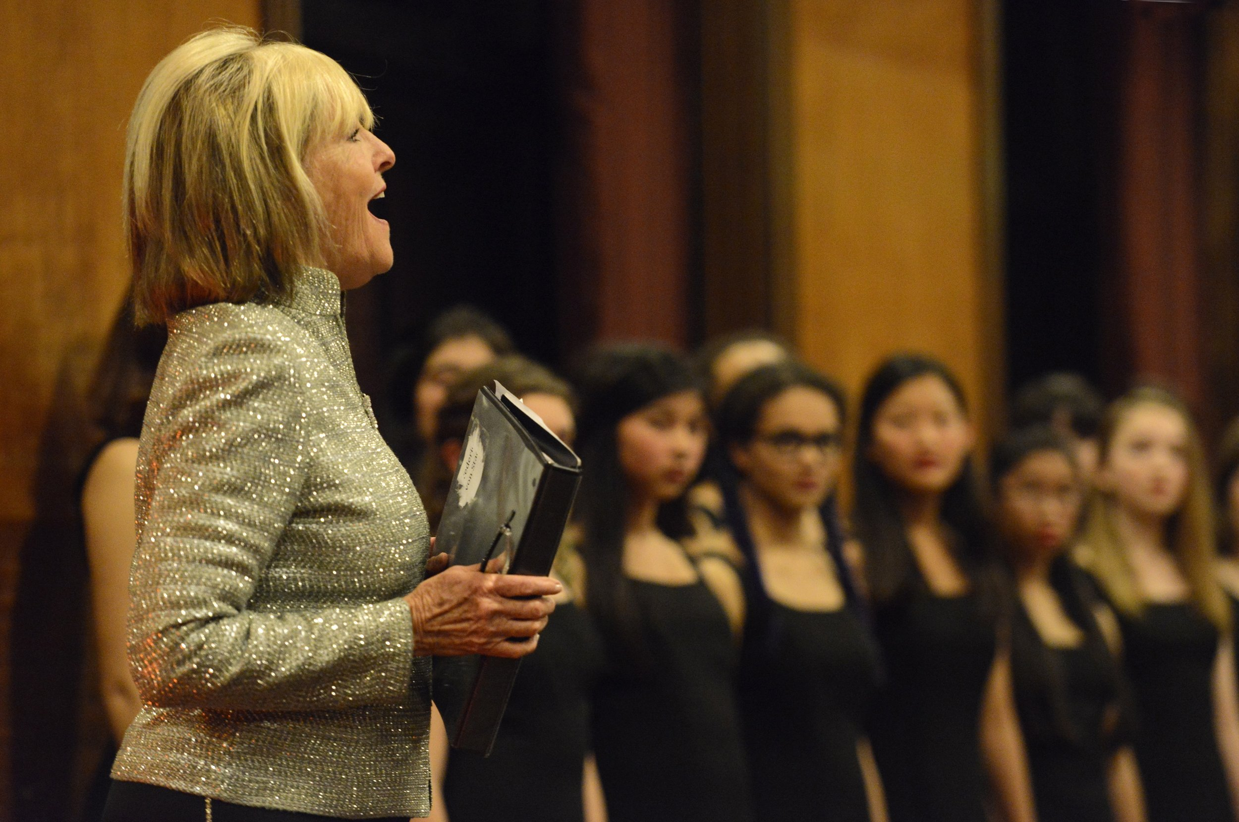 Fredrica von Stade, mezzo-soprano, performs with the SF Girls Chorus March 18, 2016 at the organization's annual fundraiser. Photograph by Dana Davis.