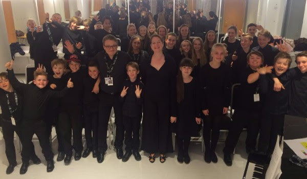Lisa Bielawa with the Bergen Girls and Boys Choirs and choirmaster Håkon Matti Skrede