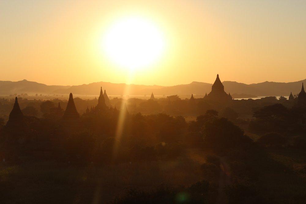 bagar a cidade dos templos no myanmar