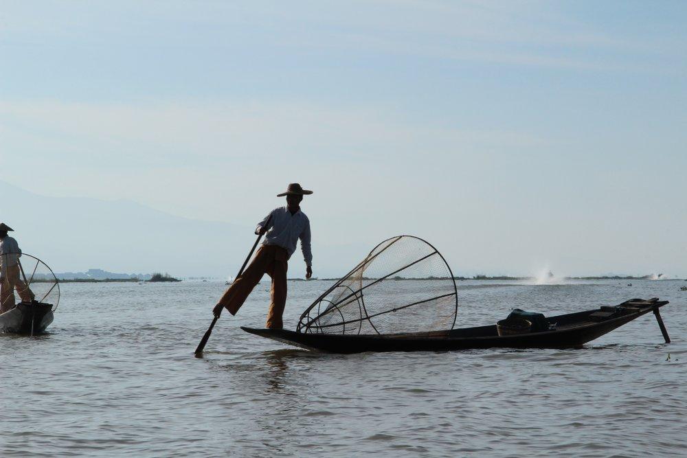 pescadores do idle lake myanmar