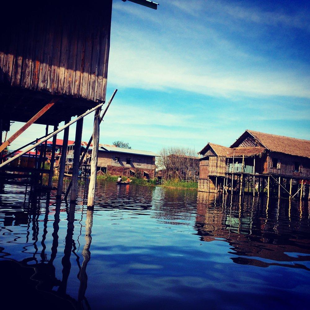 idle lake myanmar