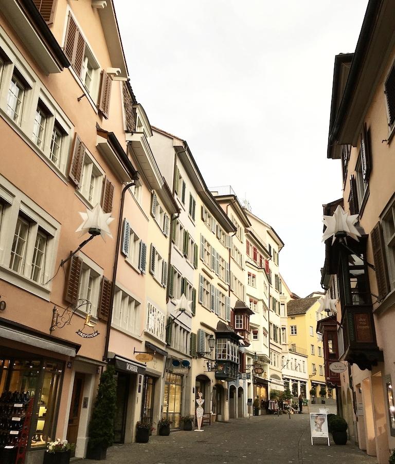 Ruas tranquilas de Zurique