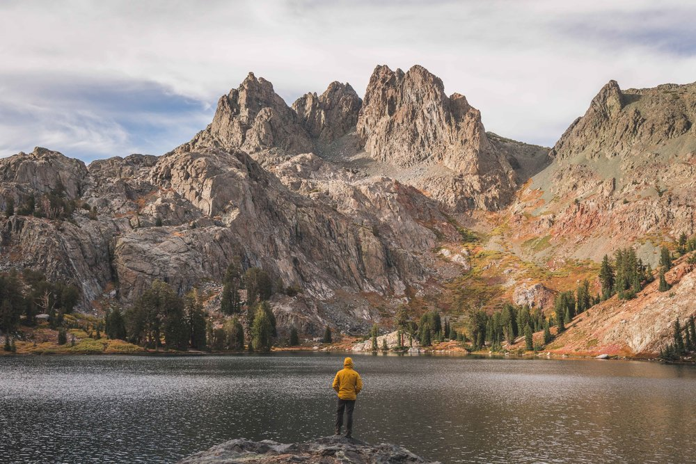 minaret lake, clyde minaret, eastern sierras, mammoth lakes, best, hikes, camping, ritter range, rock climbing, things to do, wilderness, permit, backcountry, inyo, national forest, minaret creek, devils postpile, ranger station, california mountain, photography sony, a7riii, a7r3, mirrorless, landscape, outdoor, adventure, volcanic ridge, fall