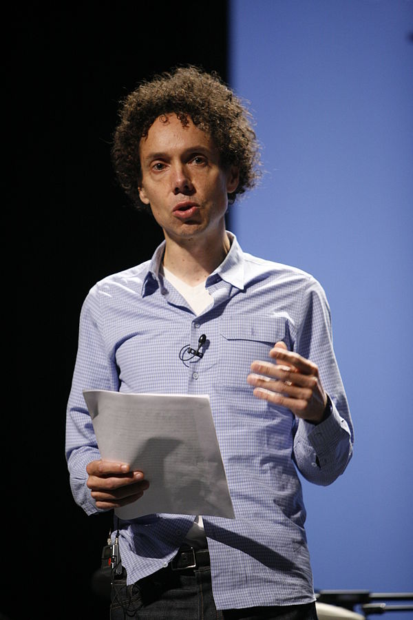 Malcolm Gladwell   By Kris Krüg - http://www.flickr.com/photos/poptech2006/2967350188/, CC BY 2.0, https://commons.wikimedia.org/w/index.php?curid=5399298