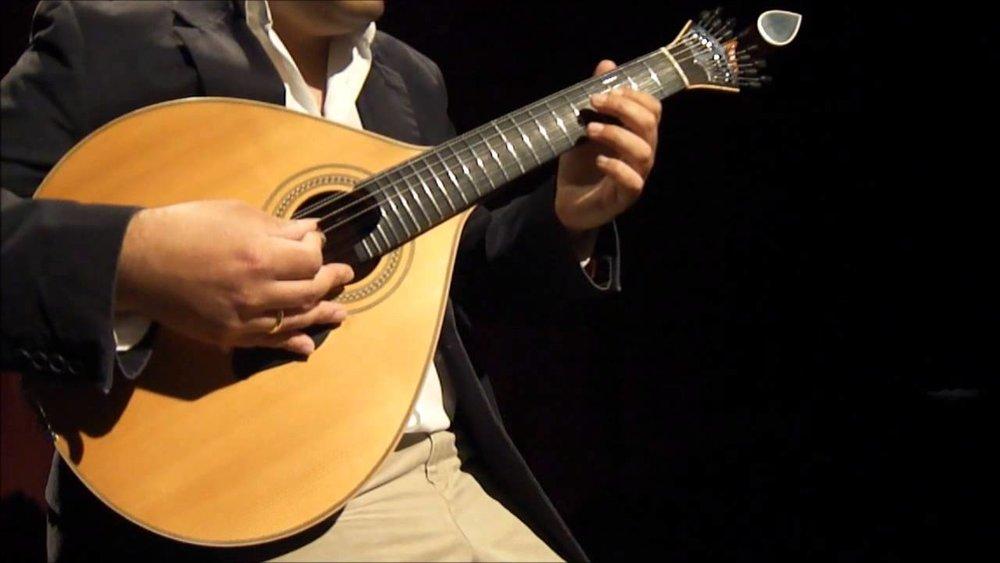 Guitarra Portuguesa* -