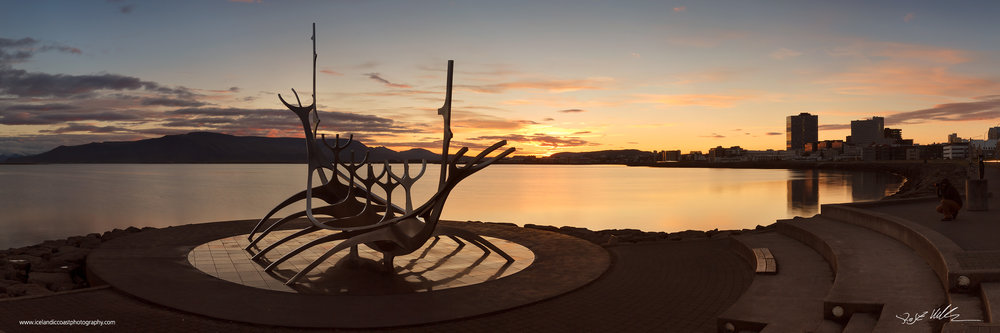 04-Reykjavik-sun-voyager-sunrise-pano.jpg