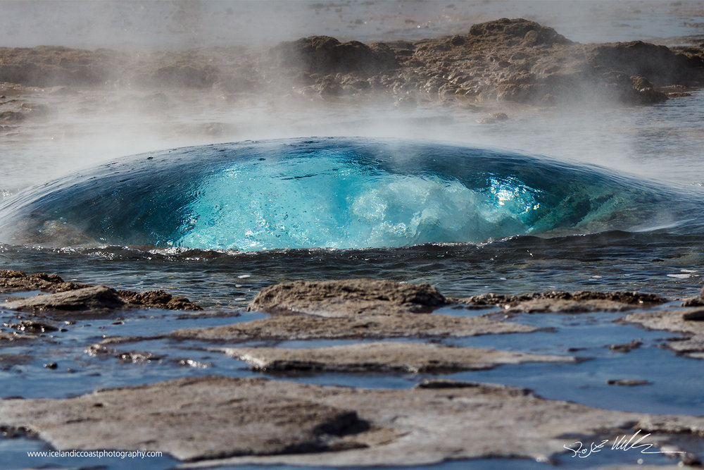 08-Geysir-bubble-horizontal.jpg