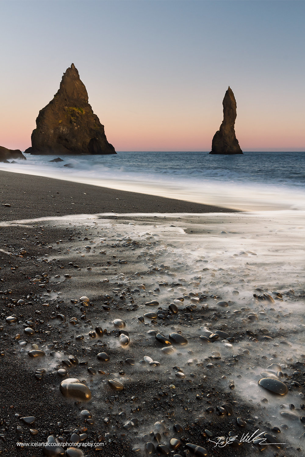 13-Reynisfjara-Beach-sunset-vertical.jpg