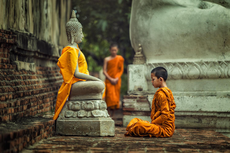 Bhakti Yoga The Path Of Love And Devotion The Yogi Press