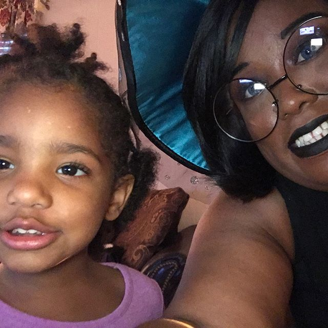 """The best reaction that I got last night while I was Halloween partying. My great-niece looking up and saying """"oooh a witch!"""" I want to have that type of reaction when I cosplay. New goals man, new goals. #blacknerd #blackcosplayer #blackgirlmagic #blackgirlnerd #bestgreatauntie #halloween"""