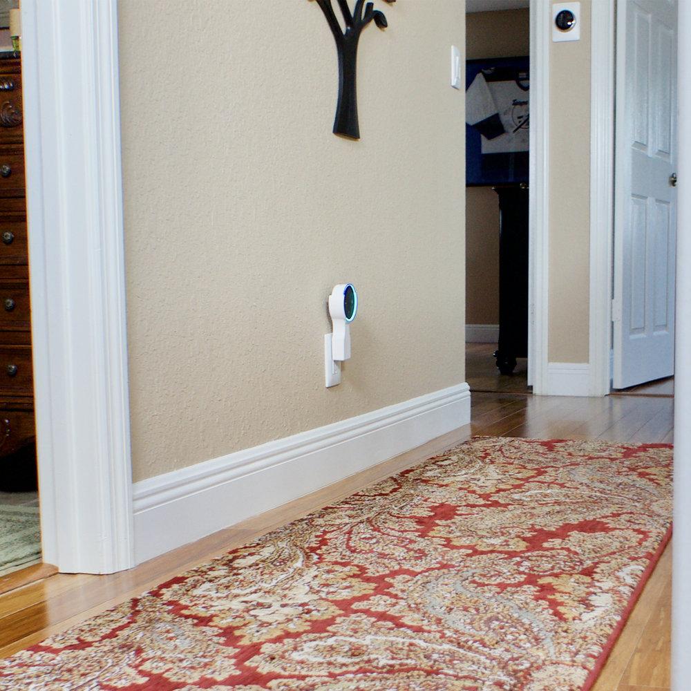 bill-hallway-white.jpg