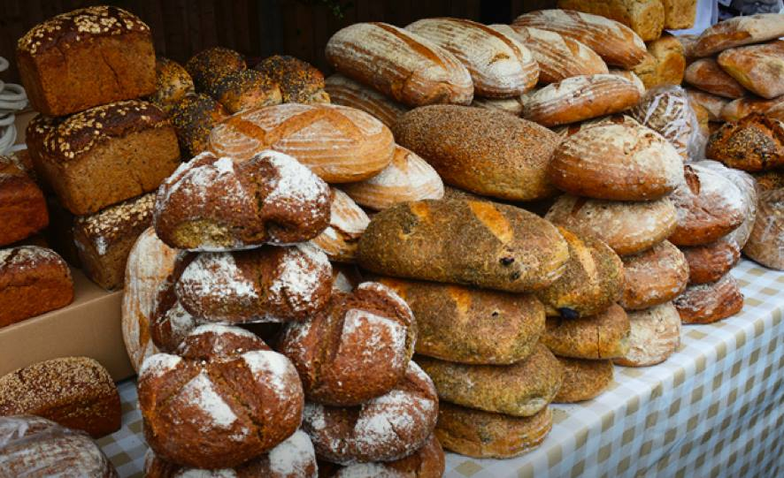 CELTIC BAKERS Specialty baker of organic breads based in Wood Green N22 - selling rye and traditional wheat loaves as well as croissants and pastries. celticbakers.co.uk