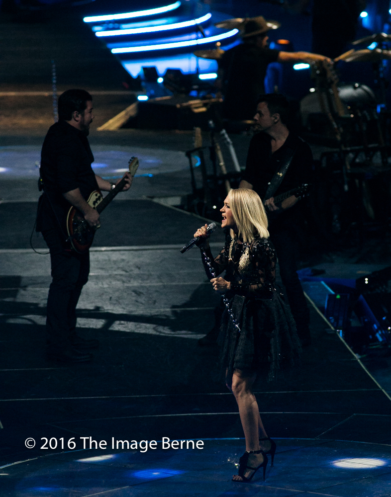 Carrie Underwood-044.jpg