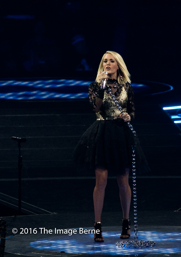 Carrie Underwood-058.jpg