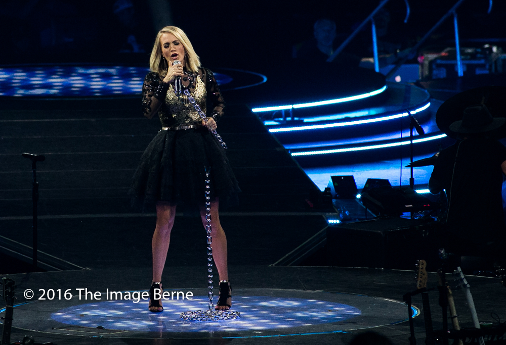 Carrie Underwood-059.jpg