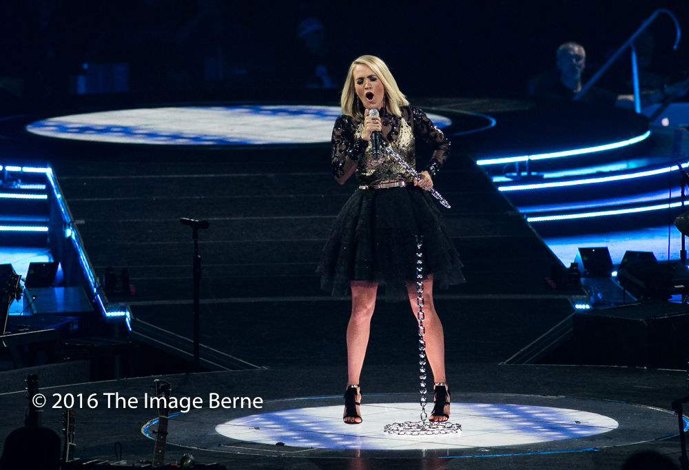 Carrie Underwood-060.jpg