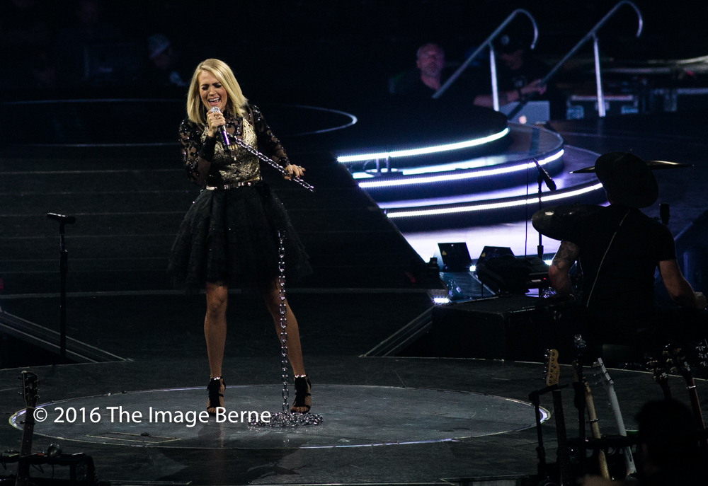Carrie Underwood-061.jpg