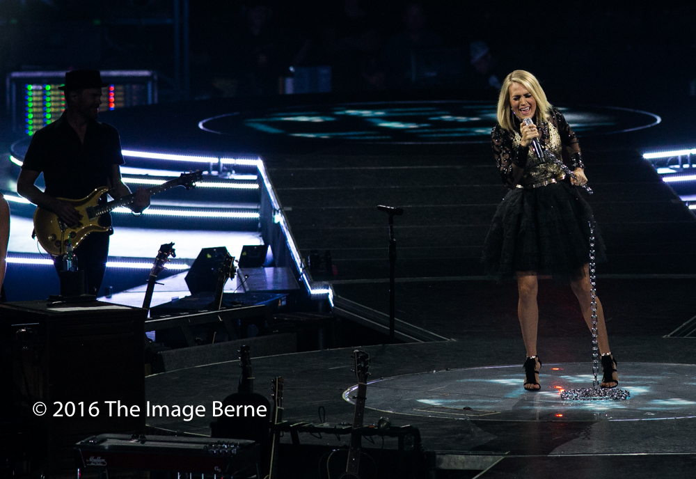 Carrie Underwood-062.jpg