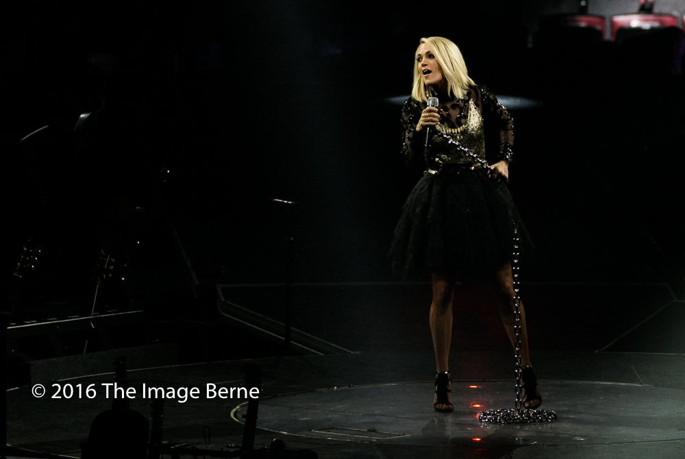 Carrie Underwood-065.jpg