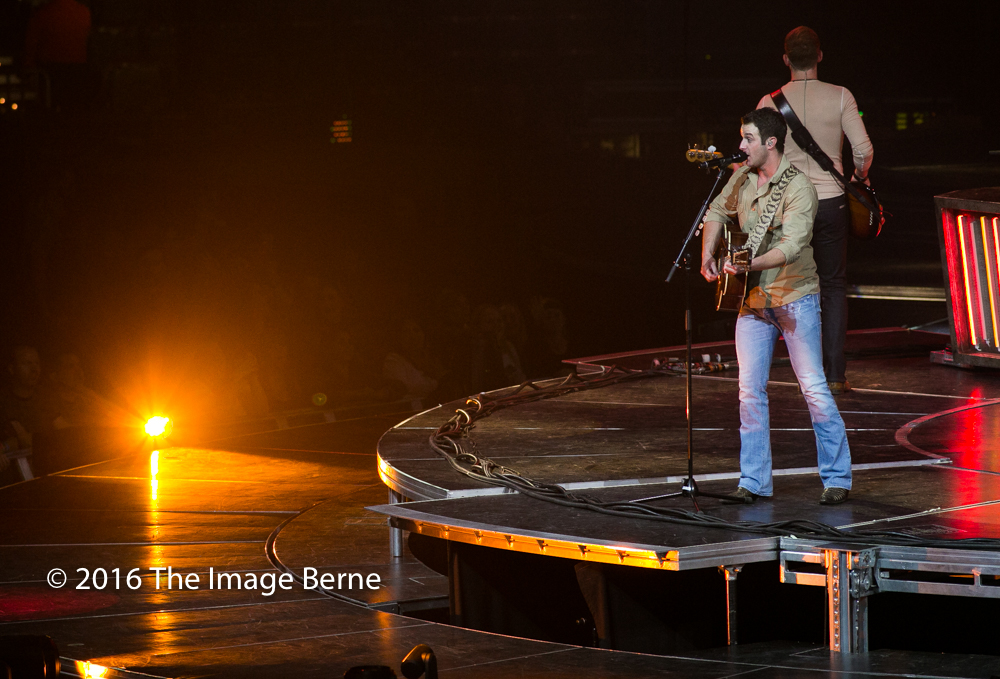 Easton Corbin-025.jpg