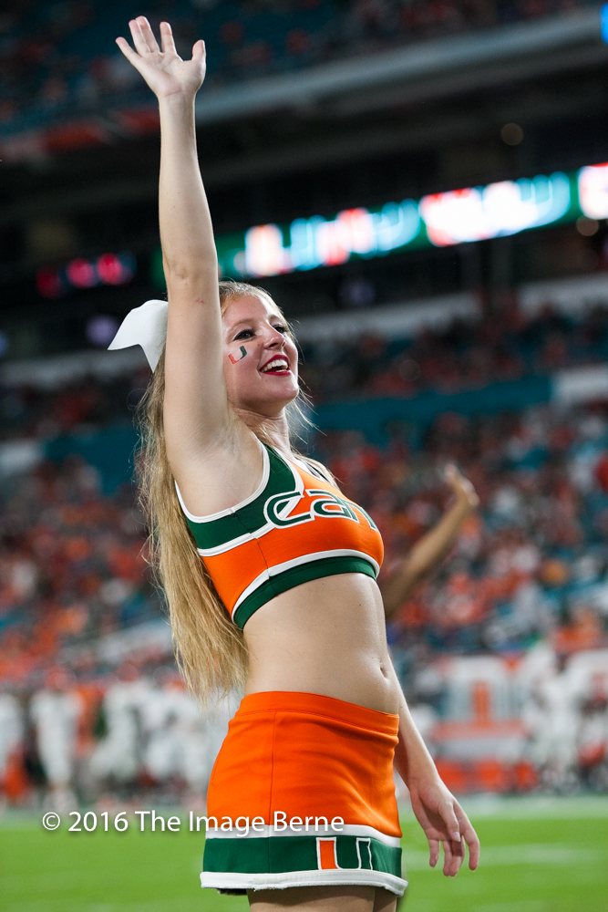 Cheerleaders-034.jpg