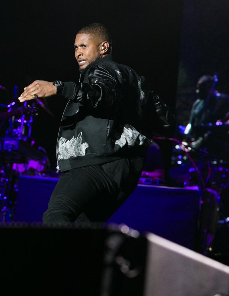 Usher-221.jpg