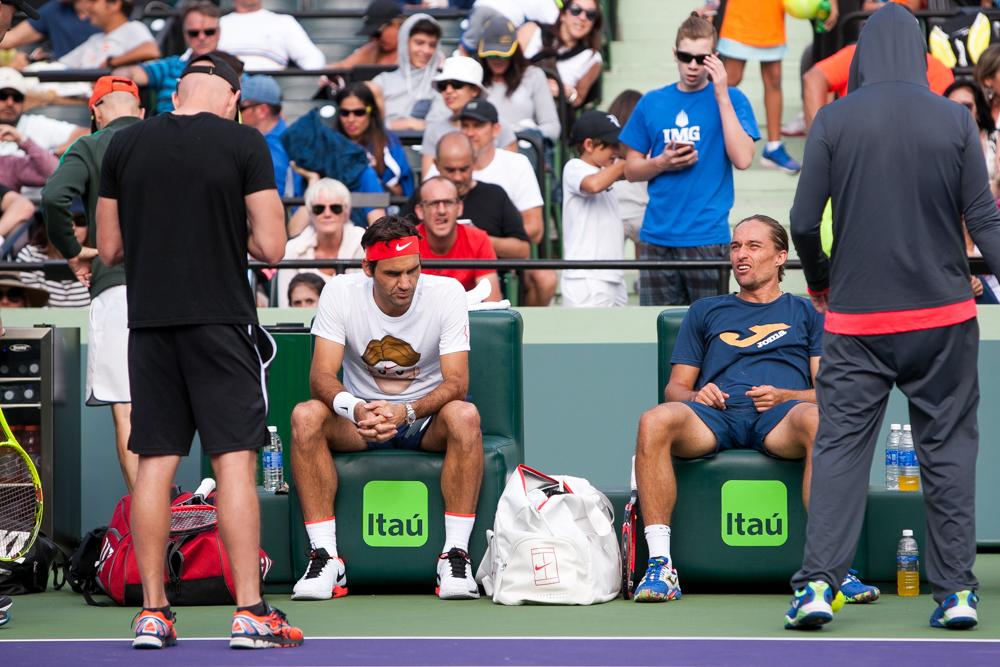 Roger Federer, Alexandr Dolgopolov-265.jpg