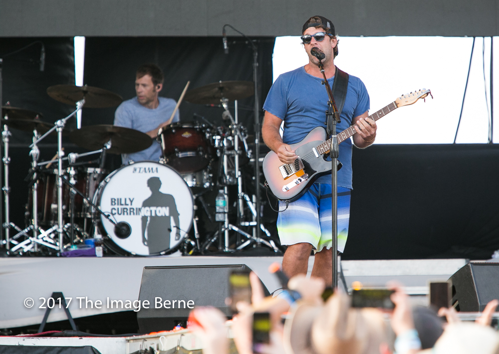 Billy Currington-159.jpg