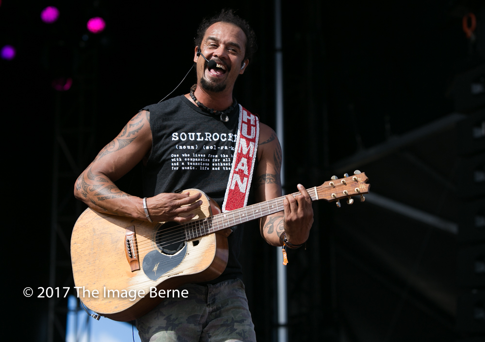 Michael Franti & Spearhead-133.jpg