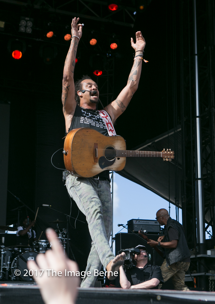 Michael Franti & Spearhead-137.jpg