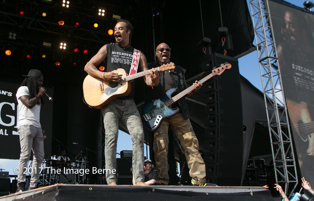 Michael Franti & Spearhead-141.jpg