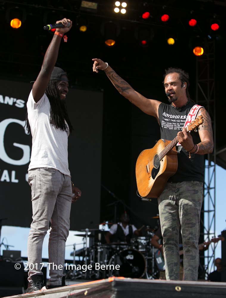 Michael Franti & Spearhead-142.jpg