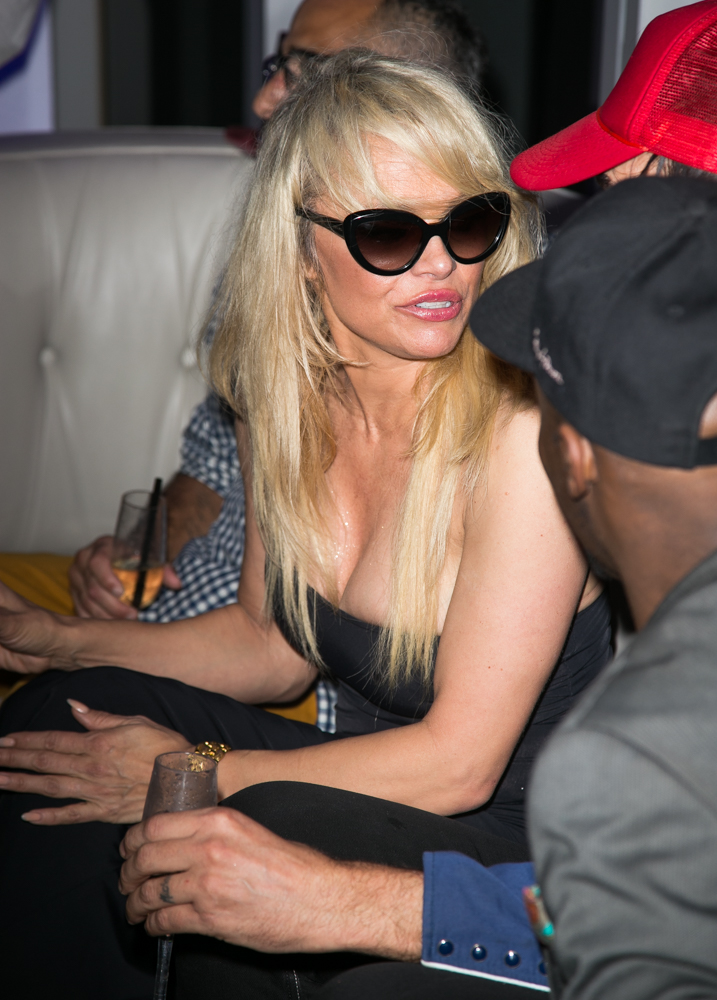 Pamela Anderson-051.jpg