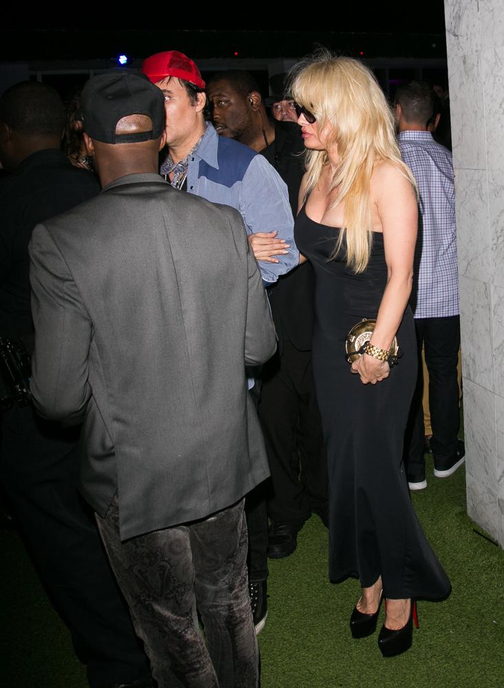 Pamela Anderson-054.jpg