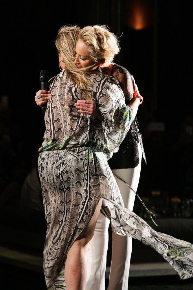 Sharon Stone, Kelly Stone-141.jpg