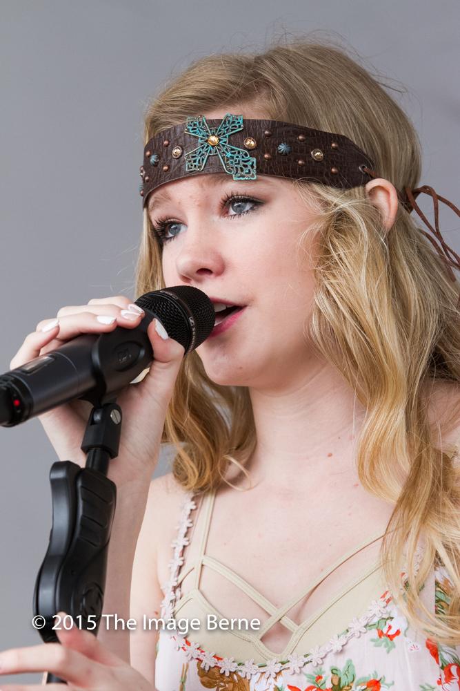 Emily Brooke-033.jpg