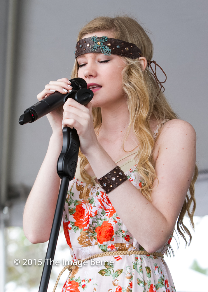 Emily Brooke-035.jpg