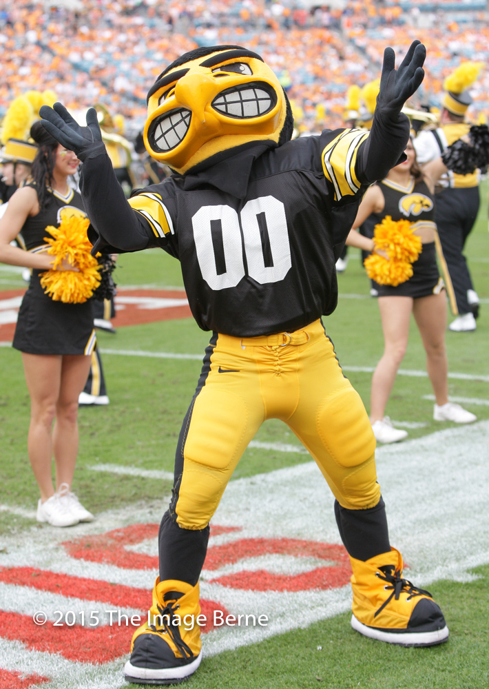 Herky the Hawk-041.jpg