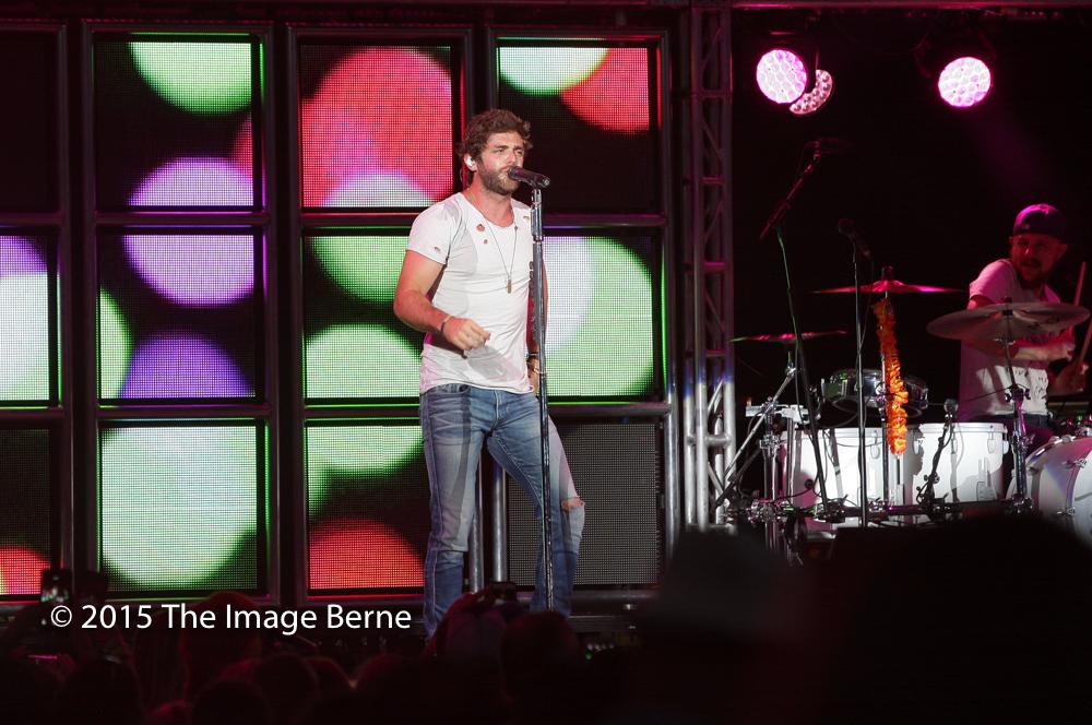 Thomas Rhett-028.jpg