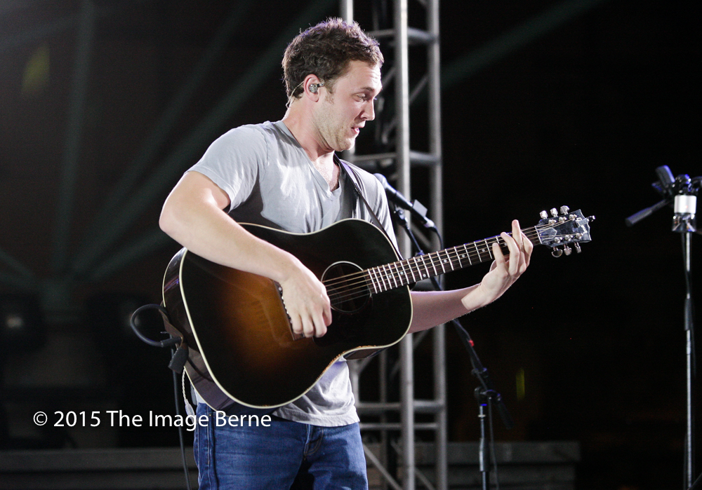 Phillip Phillips-175.jpg