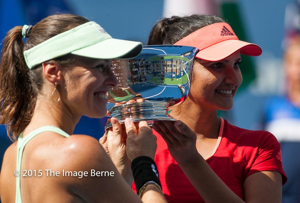 Sania Mirza, Martina Hingis-051.jpg