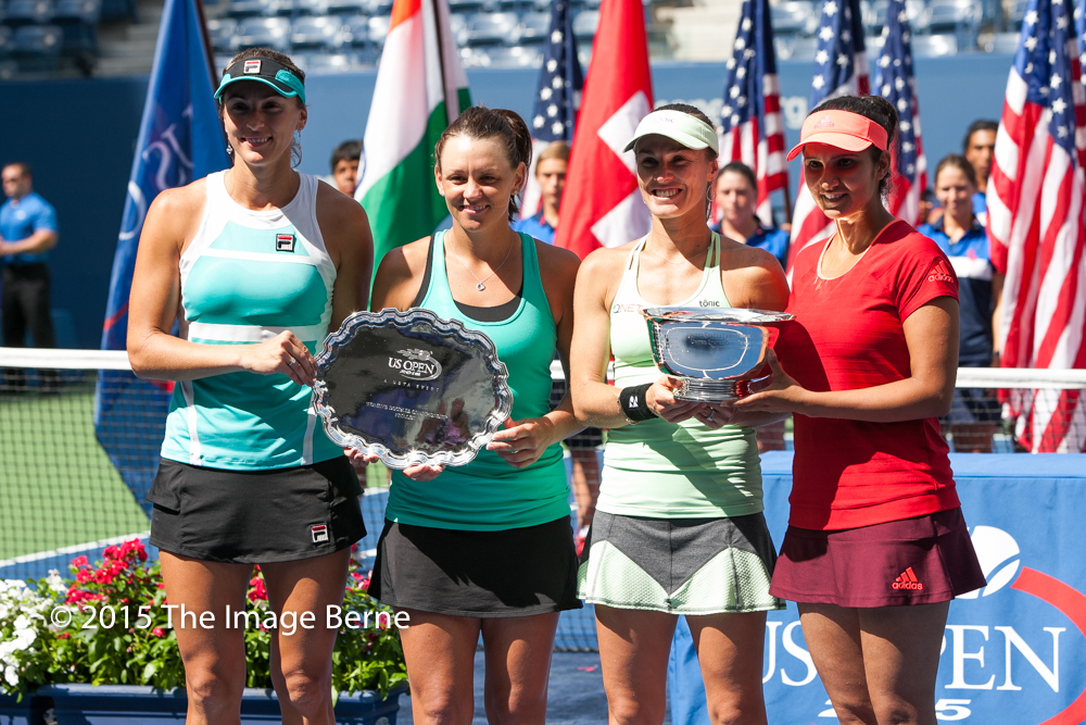 Sania Mirza, Martina Hingis, Casey Dellacqua, Yaroslava Shvedova-044.jpg