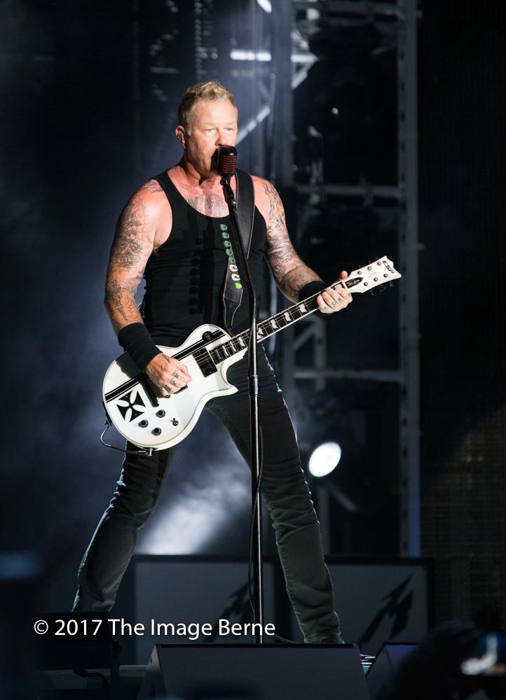 James Hetfield-060.jpg