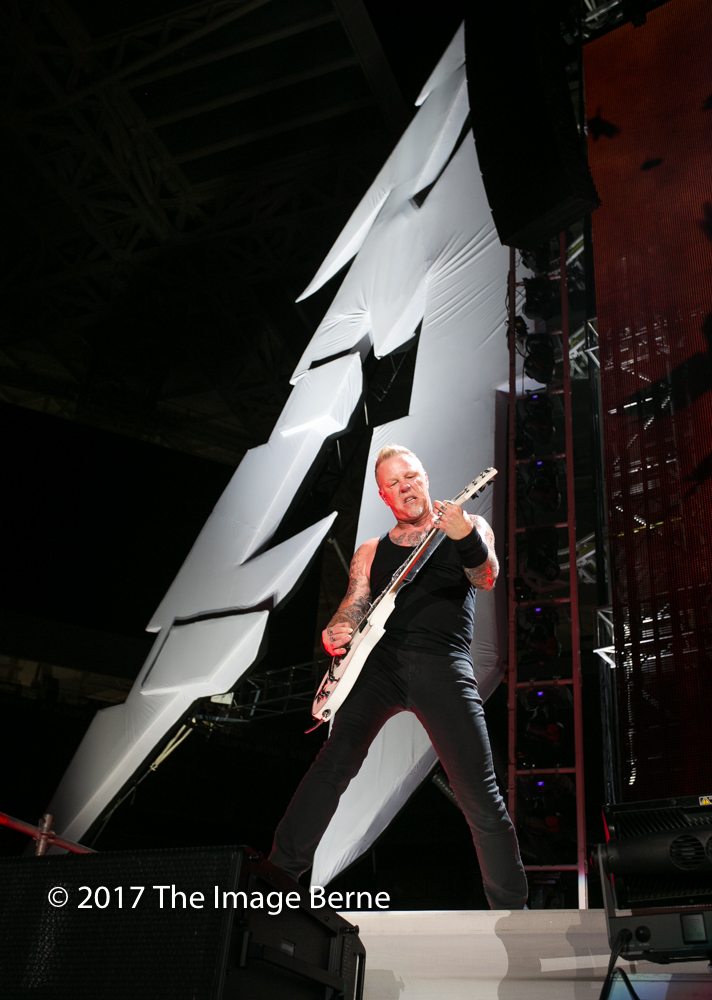 James Hetfield-077.jpg