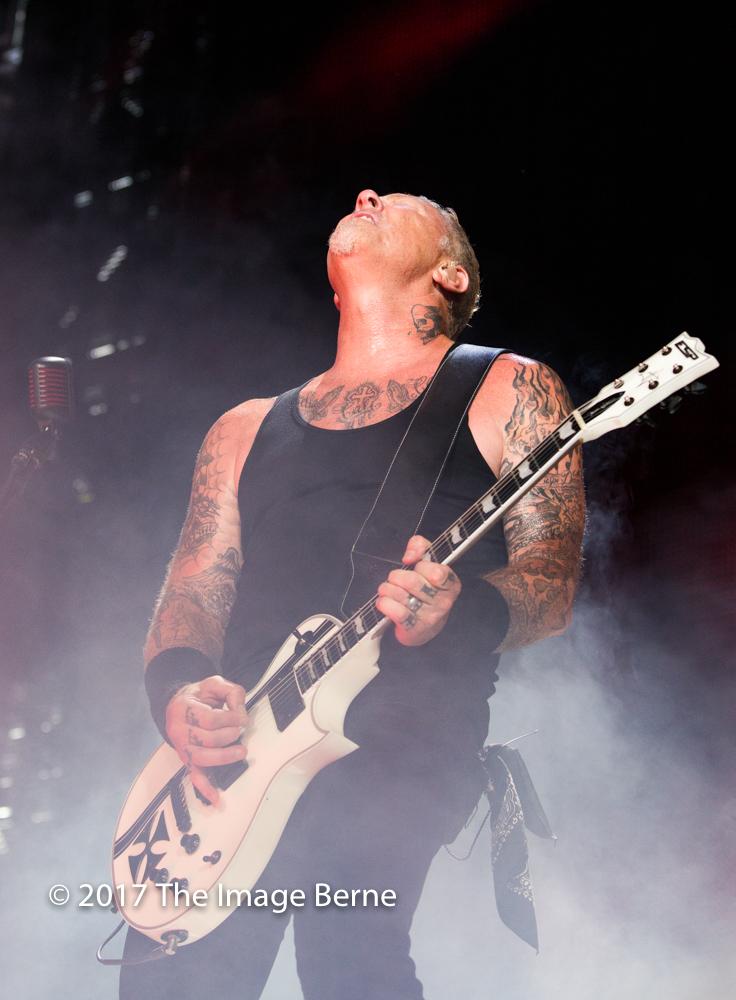 James Hetfield-092.jpg
