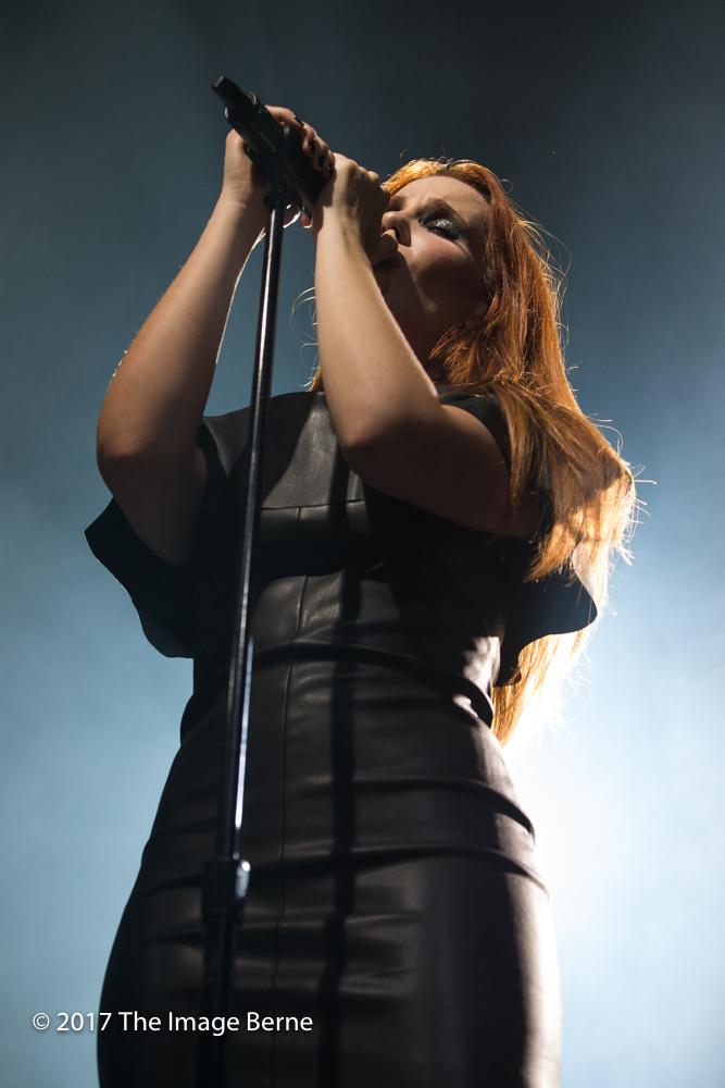 Simone Simons-013.jpg